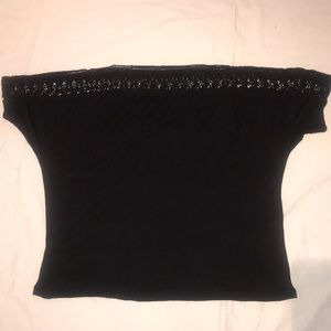 Pull on easy T with lace trim neck/sleeve Blk knit